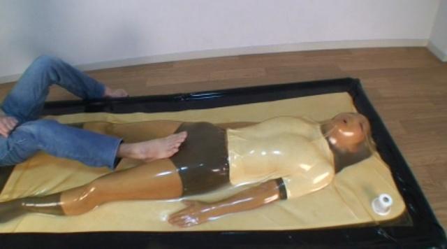 バキュームベッドロリ校生呼吸制御パニック編~どMロリ校生をバキュームベッドで呼吸制御&電マ責めしたらパニくった!!~ 008
