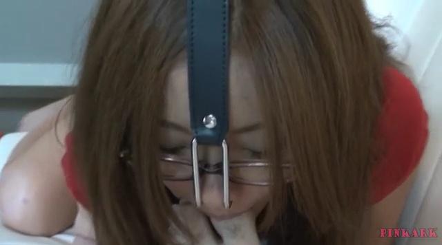 鼻フック メガネ美女03-001