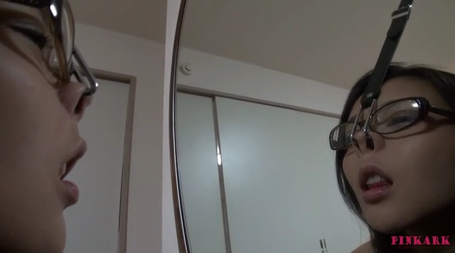 鼻フック メガネ美女03-004