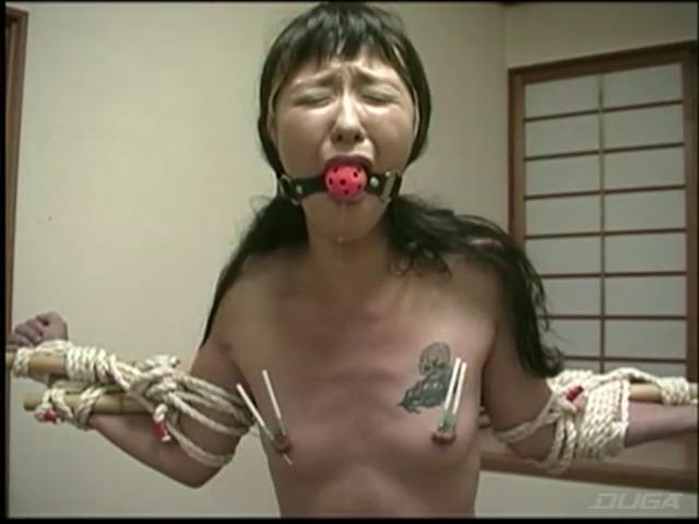 刺青奴隷妻 女体蝋染め鞭打ち針貫通-005
