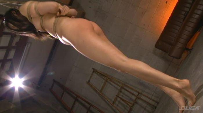 首吊り・鞭打ち・失禁-008