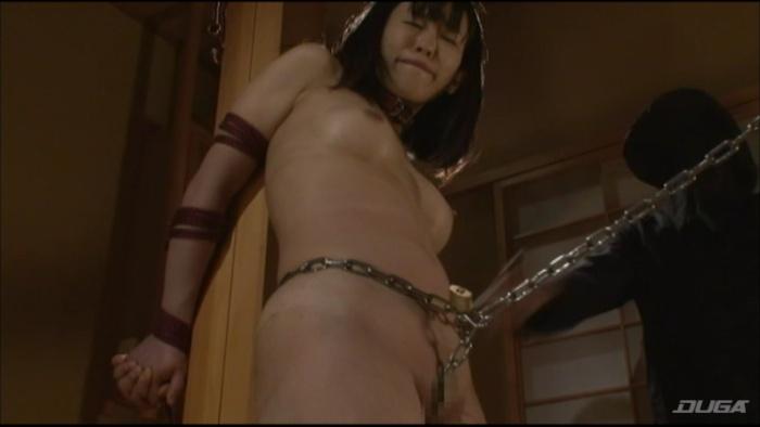 乳房を鞭打ちされマゾイキする変態女-005