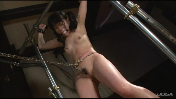 乳房を鞭打ちされマゾイキする変態女-007